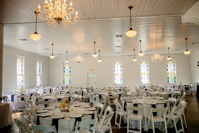 photo credit: carolineplusben photography, wedding planner: The Simplifiers